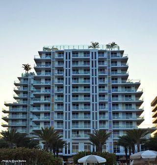 Grand Beach Hotel Surfside. Photo by Bruna Martins