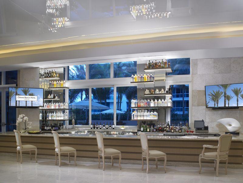 Grand Beach Hotel Surfside. Lobby Bar at Dusk