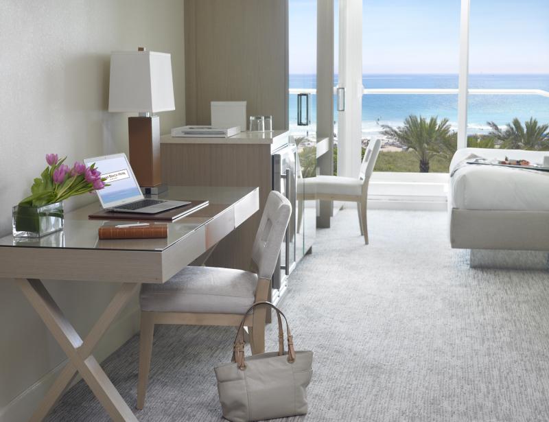 Grand Beach Hotel Surfside Oceanfront room Desk