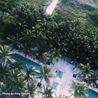Grand Beach Hotel Miami Beach. Amy Havins- The Perfect Bachlorette Party
