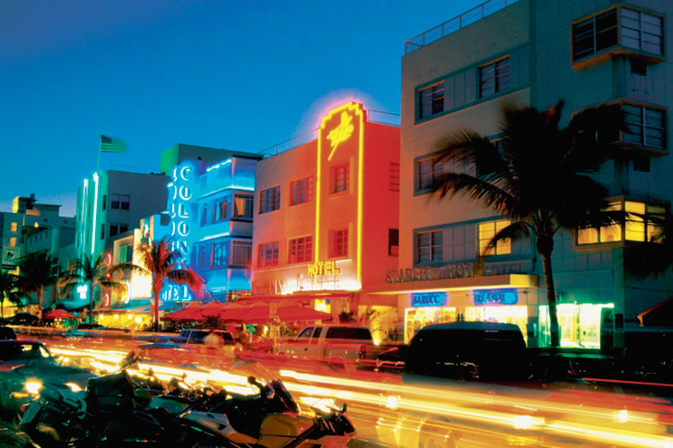 Miami Beach Night Life. South Beach.