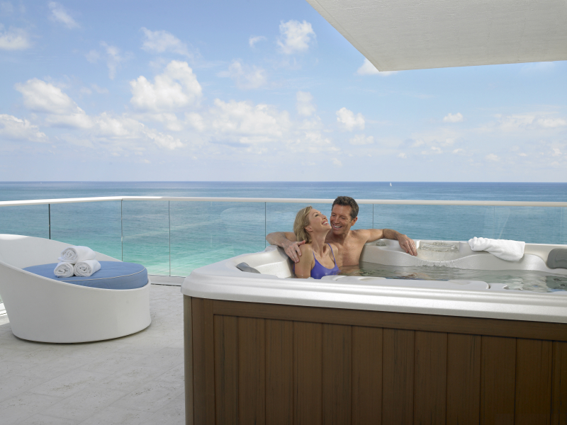 Grand Beach Hotel Surfside. Oceanfront King Jacuzzi Suite. Couples Getaway.