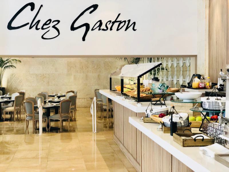 Grand Beach Hotel Miami. Mother's Day Brunch at Chez Gaston